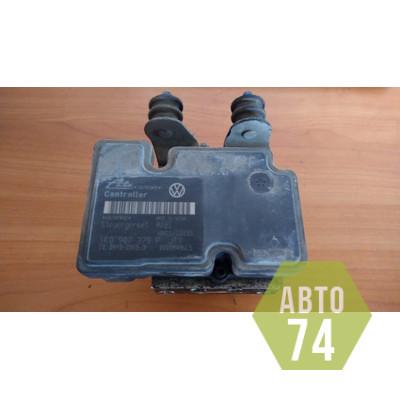 Блок ABS (насос) VW Jetta 2006-2011