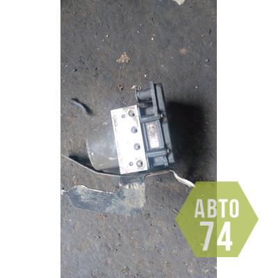 Блок ABS (насос) Kia Ceed 2007-2012
